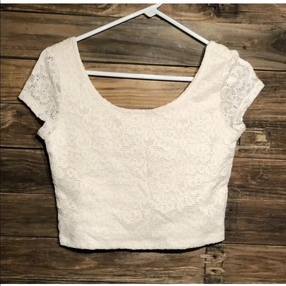 Mossimo Supply Co. Tops - Mossimo • M • Ivory Lace Crop Top • Lined • NWOT